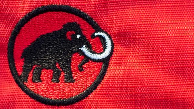 Logo von Mammut auf Stoff