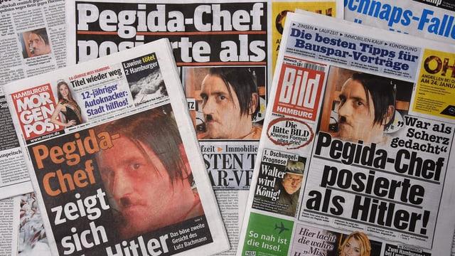 Zeitungen mit Lutz Bachmanns Hitler-Auftritt auf der Front.