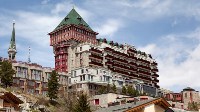 Il hotel da luxus Badrutt's Palace a San Murezzan.