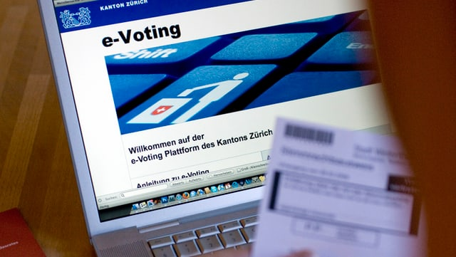 Da las persunas ch'avessan pudì votar cun il computer ha mo mintga 5avla nizzegià questa pussaivladad.