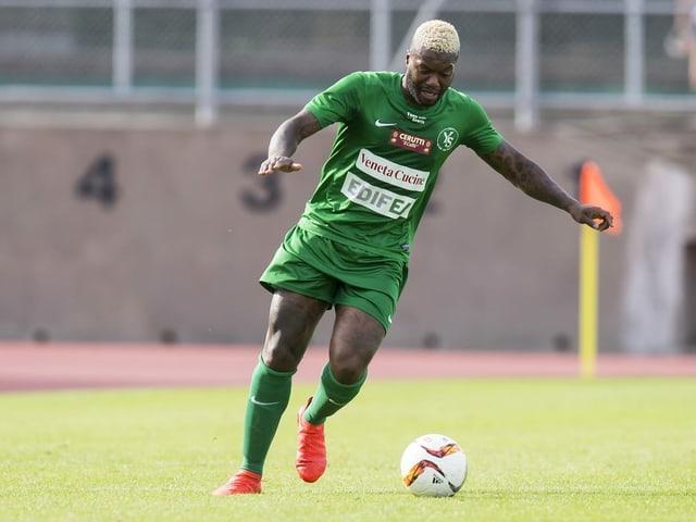 Djibril Cissé am Ball.