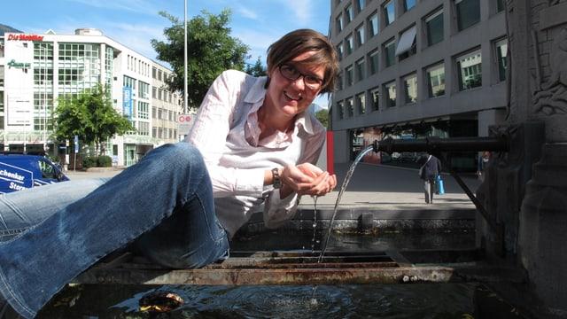 Seraina Braun bei Brunnen