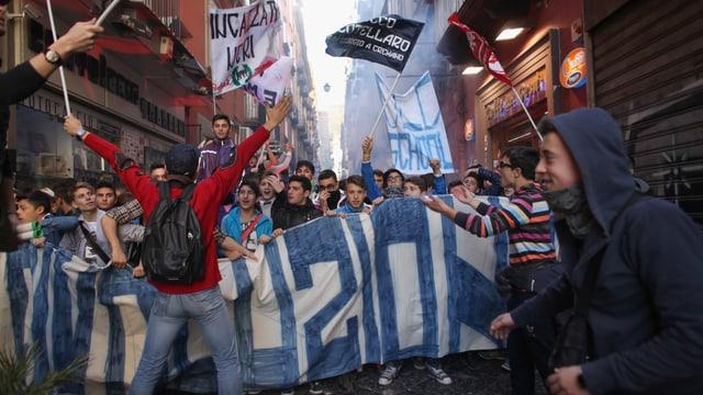 Jugendliche demonstrieren