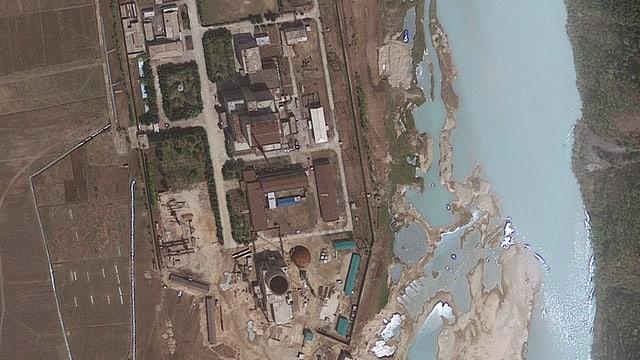 Luftaufnahmen vom Atomkraftwerk Yongbyon