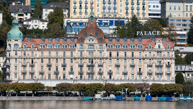 Ansicht des Luzerner Hotels Palace