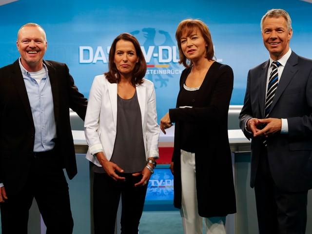 Die Moderatoren: Stefan Raab (ProSieben), Anne Will (ARD), Maybrit Illner (ZDF) und Peter Kloeppel (RTL).