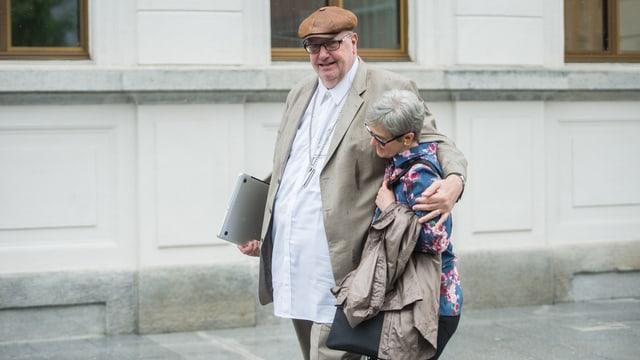 Dieter Behring mit seiner Frau.