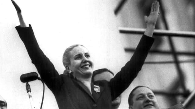 Evita Perón bei einer Rede.