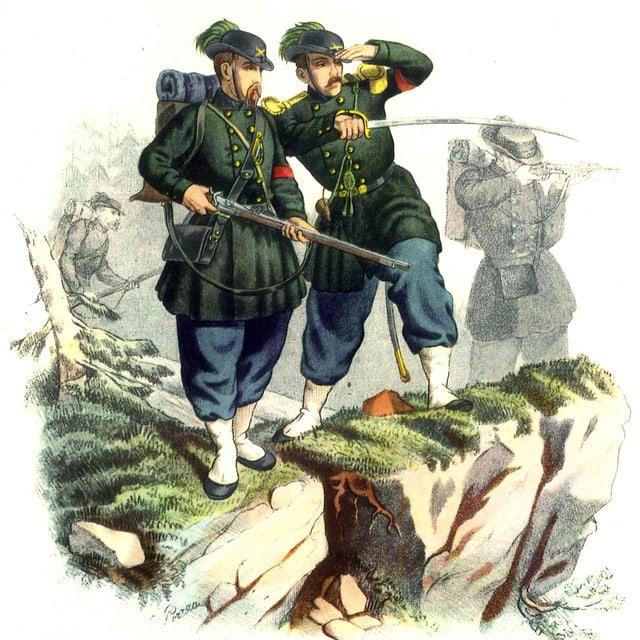 Gemälde von zwei Männern in Uniform. Einer hält ein Gewehr, der andere einen Säbel. Beide Spähen über einen Fels hinaus.