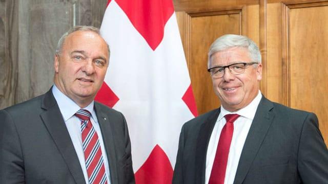 Die beiden amtierenden Schwyzer SVP-Ständeräte Alex Kuprecht und Peter Föhn.