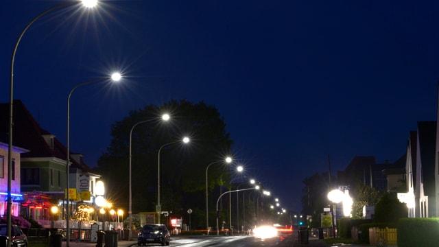 Strassenlampen.