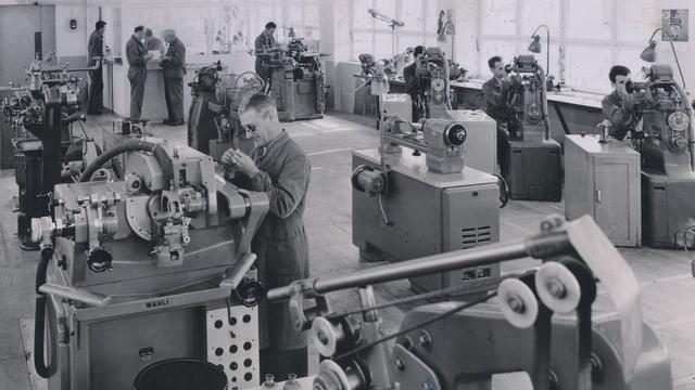 Fabrikationsraum der Firma Laubscher in den 1960er Jahren.