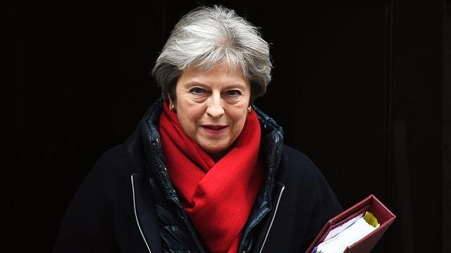 Purtret da Theresa May