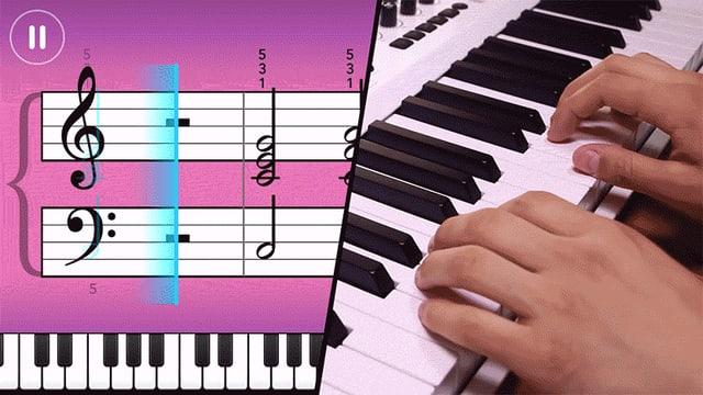 Ein animiertes GIF zeigt zwei Hände beim Klavierspielen und links davon eine sich bewegende Notenfolge.