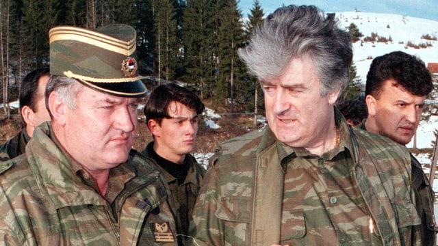 Mladic und Karadzic in Uniform.