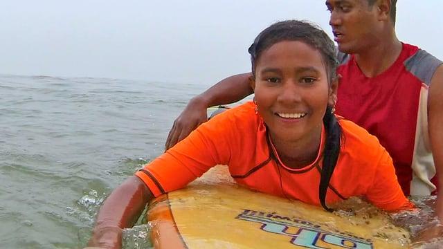 Surfen, um frei zu sein – Mutige Mädchen in Bangladesch