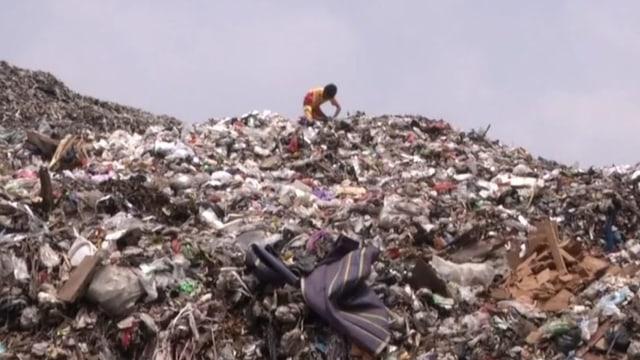 Surabaya - Wege aus der Plastikflut