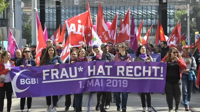 Demostraziun a Basilea.