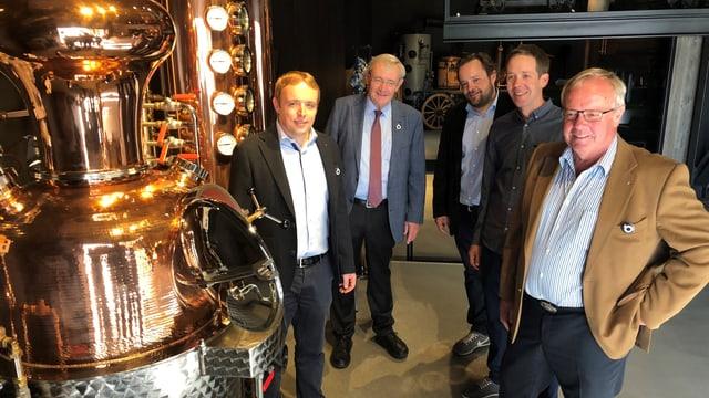Die Familie Möhl feiert die Eröffnung des MoMö (von links nach rechts): Georges Möhl, Ernst Möhl, Christoph Möhl, Lukas Möhl und Markus Möhl.