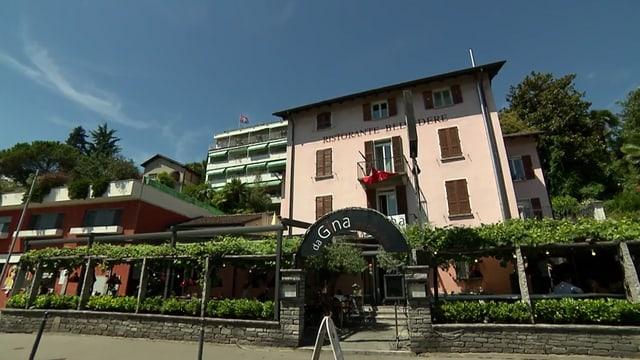 Video «Kanton Tessin – Tag 2 – Restaurant Da Gina, Ascona» abspielen