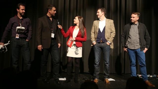 DOK-Team und Moderatorin Sulamith Ehrensberger