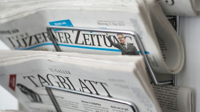Tagblatt und Luzerner Zeitung im Zeitungsständer