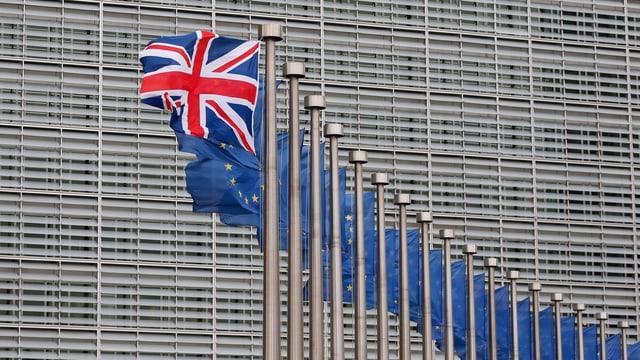 Britische Flagge vor dem EU-Sitz in Brüssel.