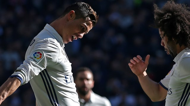Ronaldo und Marcelo bejubeln einen Treffer.