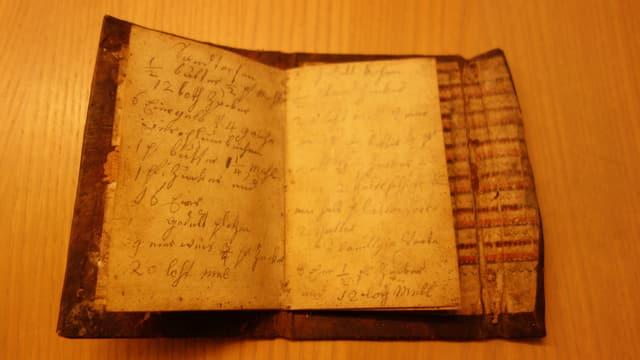 Quai è il pli vegl cudesch da cuschinar da l'archiv cultural da Cazas.