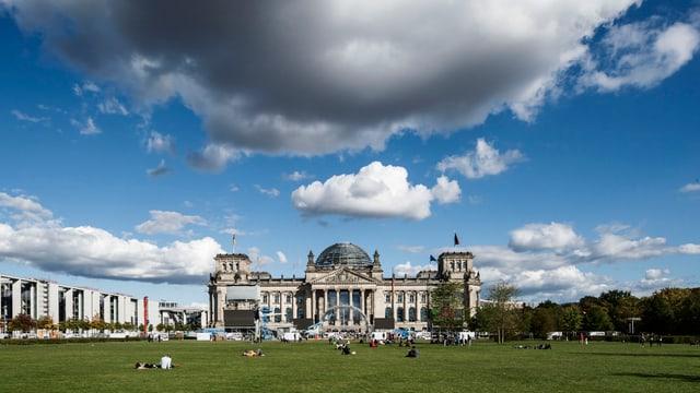 Bundestag Nebel Berlin