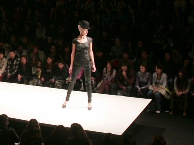 Catwalk mit Model.