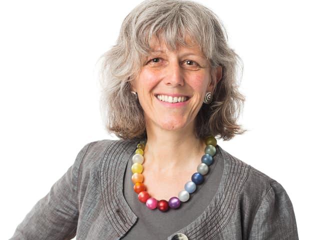 Porträtbild von Monique Frey, die für die Grünen des Kantons Luzern für einen Sitz in der Kantonsregierung kandidieren will.