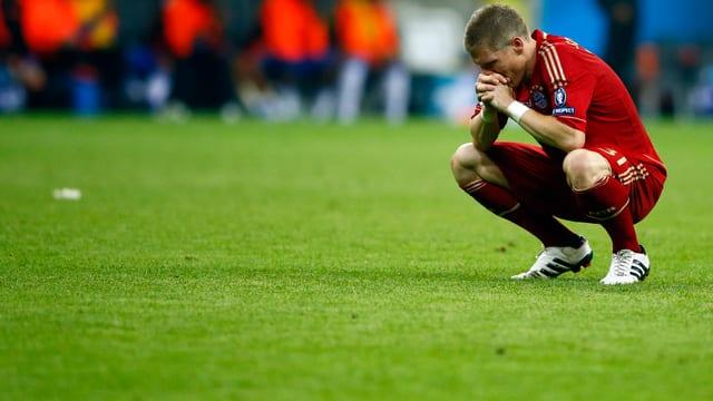 Bastian Schweinsteiger nach dem verschossenen Elfmeter im «Finale dahoam» 2012.