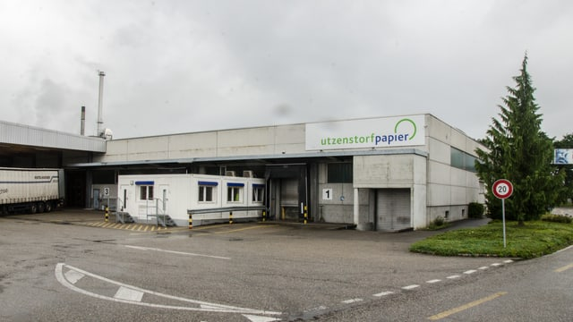 Aussenaufnahme Utzenstorfer Papierfabrik