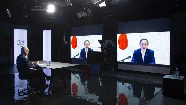 Klaus Schwab en ina conferenza da video