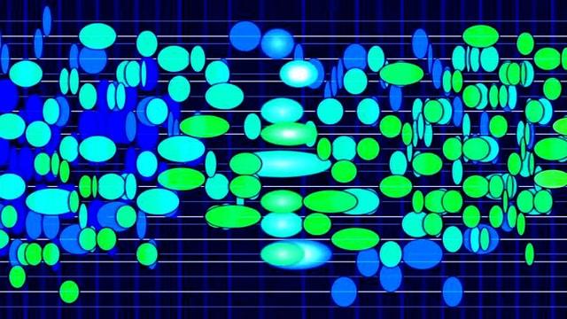 Wildes Nebeneinander und Übereinander von grünen, blauen und türkiesen Farbperlen auf dunkelblauem Grund.
