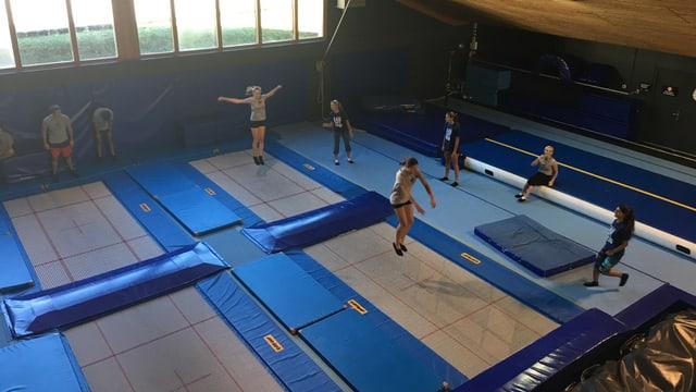 trampolins da la Freestyle Academy