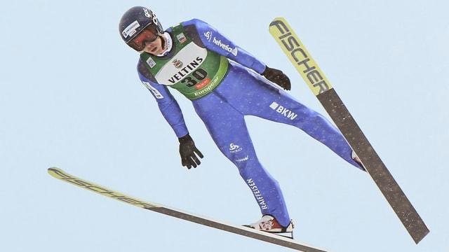 Tim Hug in der Luft.