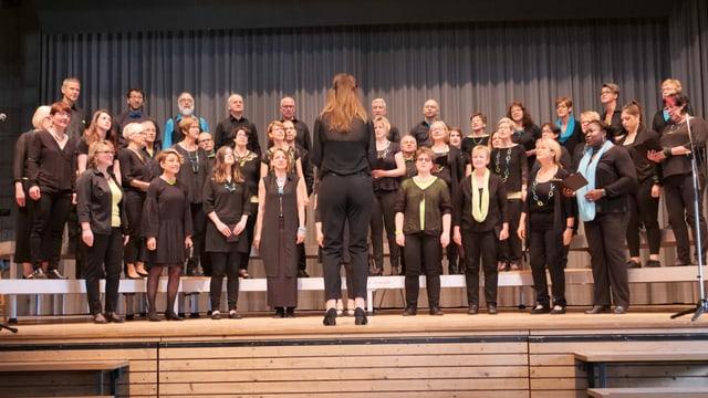 Chor am Singen
