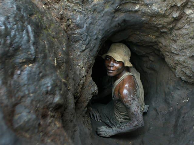 Minenarbeiter in einer Kobalt-Mine im Kongo.