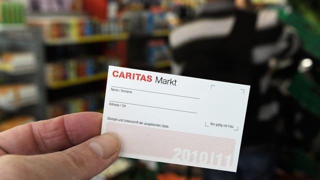 Caritas Mark Karte vor Laden
