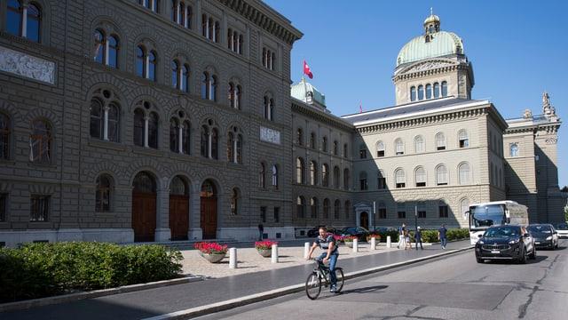 vista sin la chasa federala a Berna