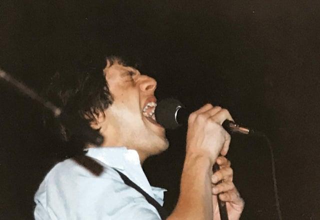 Elmar Deflorin l'onn 1982 en l'aula da la scola da la Claustra da Mustér