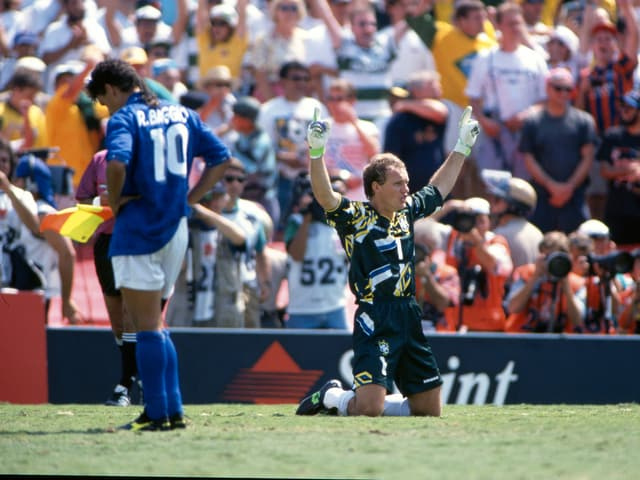Italiens Roberto Baggio (links) und Brasiliens Claudio Taffarel.