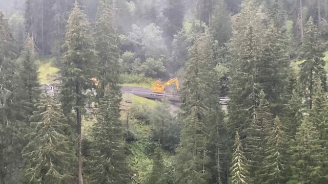 La via en Val Miedra vegn rumida.