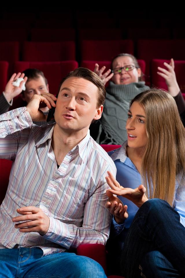 Telefonieren im Kino? Bitte verschone uns!