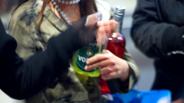 Jugendliche bei Alkohol-Testkäufen in Zürich (2008).