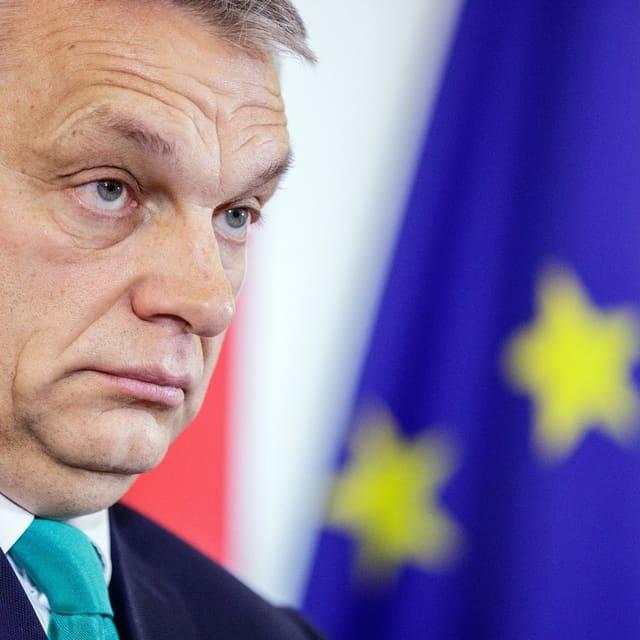 Victor Orban zieht eine Schnute