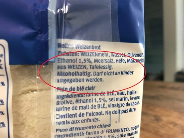 Verpackung mit Hinweis, dass das Toastbrot nicht an Kinder abgegeben werden darf.
