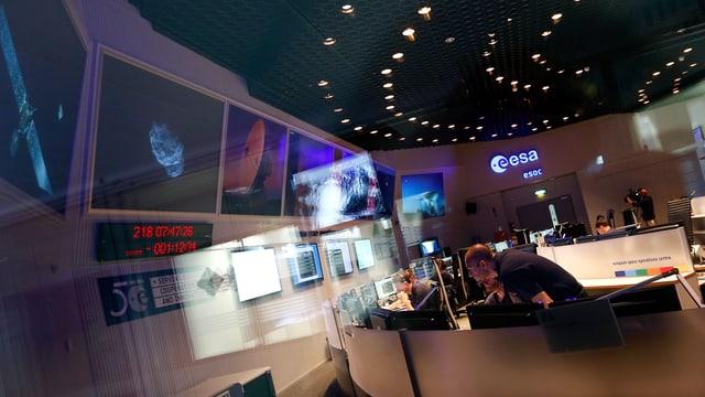 Foto aus dem Hauptkontrollraum der Esa in Darmstadt